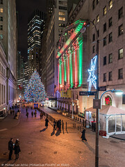 Holiday Lights at NYSE (20161207-DSC08723) (Michael.Lee.Pics.NYC) Tags: newyork nyse christmas holiday 2016 wallstreet stockexchange night sony a7rm2 zeissloxia21mmf28