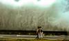 Paisaje después de la tormenta (Periodismo de Barrio) Tags: inundación cuba desastre malecón lahabana