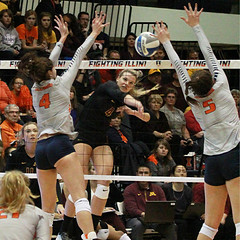 The Tapp is On (RPahre) Tags: hannahtapp michellestrizak alibastianelli volleyball universityofminnesota universityofillinois champaign illinois huff huffhall swing block robertpahrephotography copyrighted donotusewithoutwrittenpermission