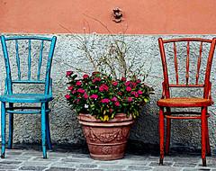 Angoli della Liguria (lory6093) Tags: liguria colori sedie angolo