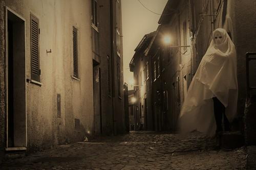 fantasma nel borgo n. 1 / ghost in town n. 1