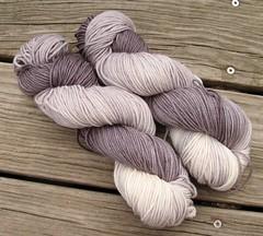 IMG_9535 (WoofBC) Tags: knitting yarn epona jonsnow ahundredravens