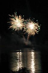 Canada Day 2015 Fireworks 013 (Chrisser) Tags: nightphotography ontario canada fireworks canadaday pyrotechnics specialholidays canoneosrebelt1i canonefs60mmf28macrousmprimelens