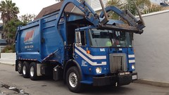 Allied Waste Autocar/Heil FEL (SoCalGarbageTrucks) Tags: white trash truck los garbage mr pacific angeles united side front waste refuse loader recycling mack gmc sanitation peterbilt 320 automated heil autocar allied amrep