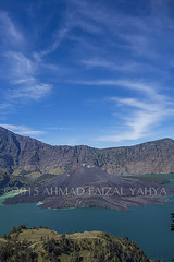 _DSC0216SSRw (a.faizal) Tags: mountain lake indonesia asian volcano asia hiking hike hikers volcanic lombok asean anak mountaineer danau rinjani segara lombokisland mountrinjani segaraanak danausegaraanak segaraanaklake