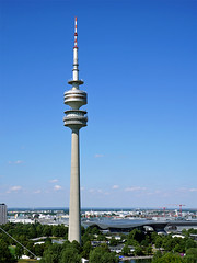 Munich Olympic Tower (liebesknabe) Tags: munich münchen bayern bavaria fernsehturm olympiaturm olympiapark olympictower broadcasttower