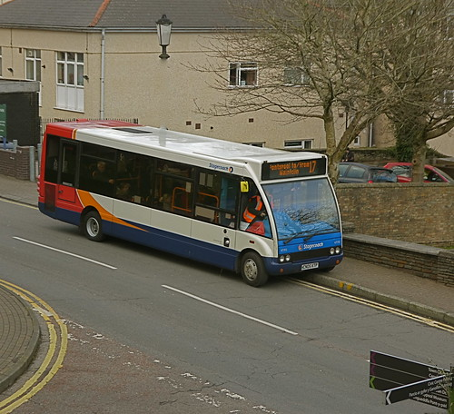 47195 on Market Street, Pontypool with local service 17