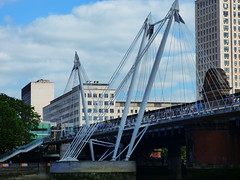 Hungerford and Golden Jubilee Bridge (Darren-Holes) Tags: city bridge urban london westminster housesofparliament londoneye bigben touristattraction