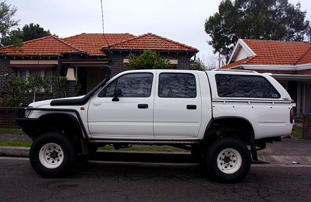 toyotahilux4x225cabandchassis toyotahiluxcabandchassisvansamppickup toyotahiluxcabandchassisphilippines toyotahiluxcabchassiscanopy toyotahiluxcabchassisprice toyotahiluxcabchassisreview toyotahiluxsr5cabchassis