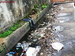 Dirty KTC Panjim (dirtypanjim8) Tags: water garbage goa rubbish stinks joegoauk