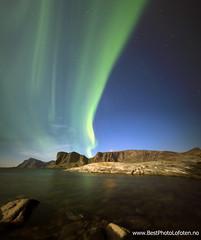 Aurora , Nupen, Heia og Mostad (June Grønseth EFIAP PPSA) Tags: lofoten auroraborealis værøy heia nupen mostad afiap bestphotolofoten junegrønseth mostadfjellet mostadvika