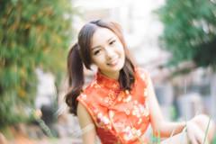 DSC00690 (Spyrosis) Tags: woman portrait fashion female asian model cute beauty chinese new year red qipao dress lomography achromat