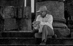 Sitting in 5200 years of history jerash jordan (DROSAN DEM) Tags: gente people jerah gerasa jerash jordania jordan griegos greke grecia ruinas arqueologia