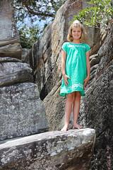 032A5198.jpg (shoelessphotography) Tags: shoeless balmoralbeach hoodfamily shoelessphotography jane michelle