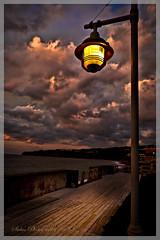 Le jour se lève à Percé. (Siolas Photography) Tags: light sky sunrise landscape ciel québec paysage parc lampadaire gaspésie percé belvédère mpdquebec francequébec