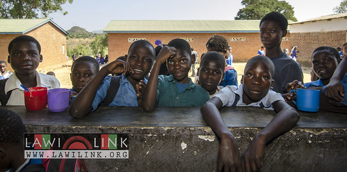 "school lunzu malawi • <a style=""font-size:0.8em;"" href=""http://www.flickr.com/photos/132148455@N06/18477202973/"" target=""_blank"">View on Flickr</a>"
