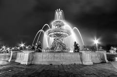 Paris - Fontaine des Mers (Guillaume Bessonat) Tags: longexposure blackandwhite paris night pentax hdr highdynamicrange placedelaconcorde urbanlandscape fontainedesmers hdrefexpro pentaxk30