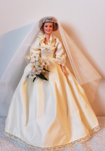 1982 Princess Diana Wedding Doll Goldberger - a photo on Flickriver