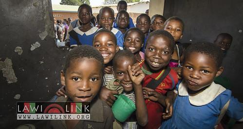 "school lunzu malawi • <a style=""font-size:0.8em;"" href=""http://www.flickr.com/photos/132148455@N06/19071735166/"" target=""_blank"">View on Flickr</a>"