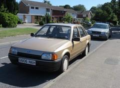 1990 Ford Escort 1.3 Bonus 90 (Spottedlaurel) Tags: ford escort mk4 bonus90