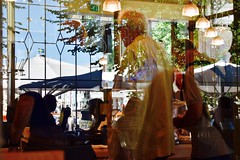 Reflections in coffee bar (Xevi V) Tags: reflections finland helsinki esplanade reflexos llum vidres finlndia hlsinki isiplou reflectionsincoffeebar