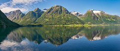 When you leave a beautiful place, you carry it with you wherever you go ♥ (Ranveig Marie Photography) Tags: boat båt robåt jolle hjelle oppstryn stryn nordfjord sognogfjordane oppstrynsvatnet strynevatnet strynsvatnet pano panorama ranveignesse ranveigmarienesse photography photographs images pics photos pictures norway norge norvege norwegen noruega norwegian norsk visitnorway norden nordic skandinavia scandinavia scandinavian nature natur vestlandet sigmaart sigmaart1835mm sigma nikon nikond5200 landscape landskap scenery landschaft paysage mountains fjell berg montagne montaña view utsikt lake lakescape water vann rowing reflection refleksjon reflected speiling spegling silence peace tranquil summer morning indrenordfjord snow peaks beauty stunning