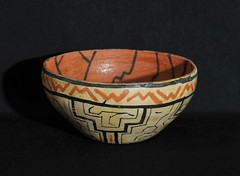 Peru Shipibo Bowl Amazonian Pottery (Teyacapan) Tags: shipibo pottery ceramica amazonian peru southamerican crafts bowls