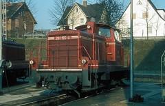 261 155  Bebra  05.02.82 (w. + h. brutzer) Tags: bebra eisenbahn eisenbahnen train trains deutschland germany diesellok dieselloks railway lokomotive zug locomotive 261 361 363 365 v60 db webru analog nikon