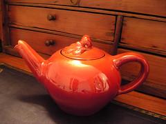 Teapot / Théière - by vemma