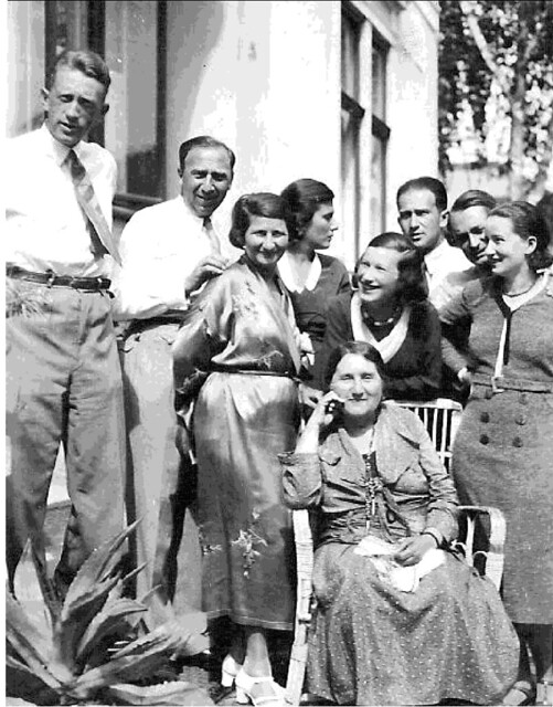 Famille sur Fellegvàr, party in 1932