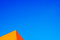 S5-50-2880 (sam b-r) Tags: blue sky orange topf25 topv111 topf50 topv999 bluesky utatahood minimal shoegazer nikonstunninggallery sambrimages