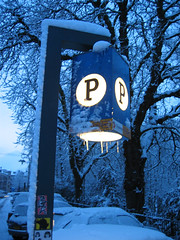 Pp (Keees) Tags: snow amsterdam keees praiseandcurseofthecity winter wonderland sign postcode nl1072 1072