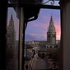Catedral de Toledo (Bore) Tags: espaa atardecer torre saveme deleteme10 catedral toledo reflejo kra05 50club