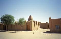 Sankore Mosque, Timbuktu (upyernoz) Tags: timbuktu mali sankoremosque mosque tombouctou
