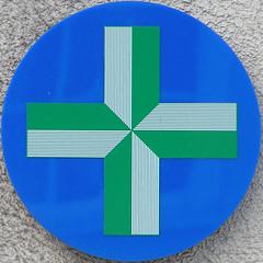 sign - chemist (Leo Reynolds) Tags: squaredcircle sqset002 c770uz 0003sec f37 iso91 63mm 0ev chemist pharmacy xleol30x hpexif xratio1x1x xsquarex sign xx2005xx olympus