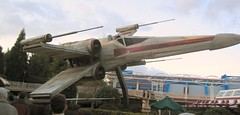 A grounded X-Wing fighter (Dysanovic) Tags: paris starwars disneyland disney xwing disneylandparis xwingfighter