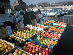 Pontivy, and a good choice of apples by Rhian vK at Flickr!