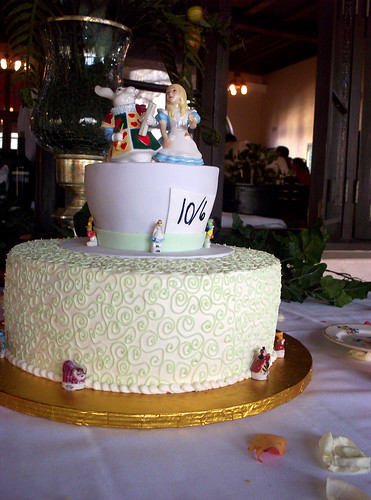 simple unusual wedding cake