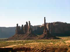Monument Valley - Totem Pole e Yei Bi Chei (*Checco*) Tags: park arizona usa monument america utah native unitedstatesofamerica totem tribal valley western navajo monumentvalley johnwayne johnford
