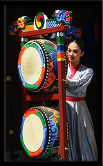 Suwon drum performance Suwon South Korea (Derekwin) Tags: music asia dragon drum south performance korea derek korean southkorea winchester hwaseong drumsticks suwon derekwin derekwinchester hwaseonghagung dragondum