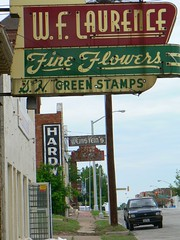 FTWLaurenceFlwr03 (Country Squire) Tags: hardware florist weinsteins fortworth laurence flowershop oldsigns magnoliastreet shgreenstamps