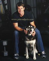 Carl with dog (mbennett - Carl Edwards) Tags: nascar carledwards pitroadpets