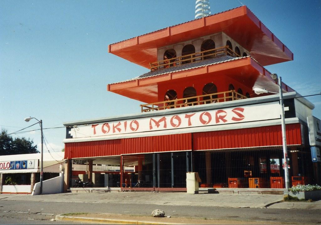 :me falto Tokio Motors