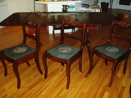 my duncan phyfe dining table and chairs