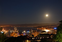 Shine On (AndrewNZ) Tags: newzealand moon topv111 topv333 fullmoon moonrise wellington moonlight orientalbay portnicholson interestingness21 i500 easter2006 explore27apr06