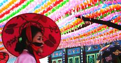 lantern festival 2006 051b (Derekwin) Tags: woman colors hat festival clothing lotus buddha buddhism korea derek korean seoul hanbok lantern winchester insadong headgear buddhasbirthday lotuslanternfestival kisaeng gisaeng lotuslanternparade derekwin derekwinchester jeonmo
