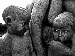 Little spites (dispettucci) at Vigeland's Park (joepomata) Tags: park trip travel parco oslo norway statue interestingness joke parks jokes caricature frogner frognerparken effect statua viaggi scherzo viaggio caricatura norvegia parchi fotomontaggio vigeland fotomontaggi effetti scherzi interestingness22 joepomata stuckmenageriegroup5