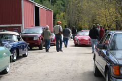 Porsche 356 Jerks (wanderingnome) Tags: california porsche jerks morons porsche356 inconsiderate theworldthroughmyeyes thebiggestgroup ©wanderingnomez 042906 casadecaballoswinery pasorobleswinecountry northmeetssouth porsche356jerks
