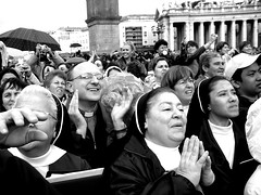 Waiting for the new pope... (the beatrix) Tags: people blackandwhite italy pope rome roma italia papa piazza sanpietro ratzinger prayers suore habemuspapam preti manifestazioniromamor
