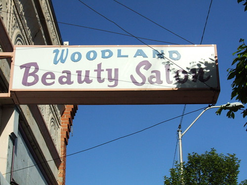Woodland Beauty Salon